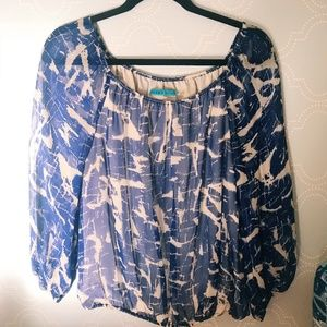 Alice and Oliva Shirt size small